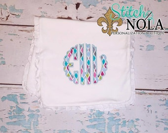 Scallop Monogram Applique
