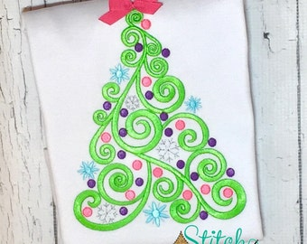 Elegant Swirl Christmas Tree