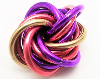 Möbii Cheshire Cat: Small, Mobius Fidget Ball, Mobii Stim Toy, Office Toy, for Restless Hands. Distract from Anxiety, ADHD, and Stress