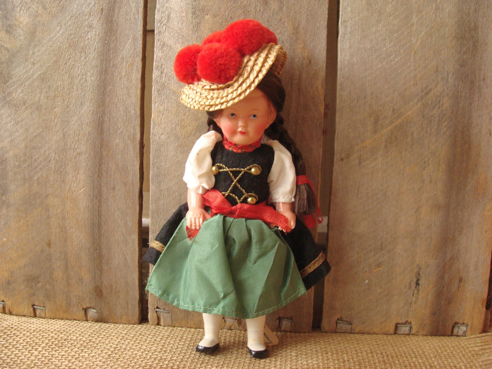 Vintage Black Forest German folk doll with bollenhut hat - 7