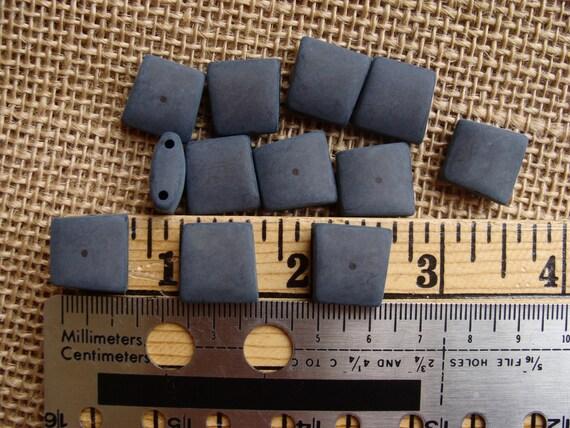 Pack of 15 Dark Grey Gray 9mm 2 Hole Shirt Button       0041