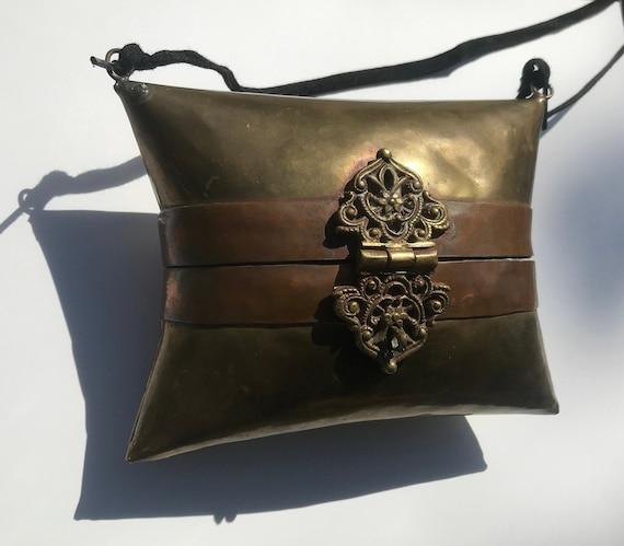 Hand purse, metal purse, ethnic purse
