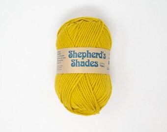 100/% Wool Yarn 3.5 oz Sunshine Shepherd/'s Shades Brown Sheep Co