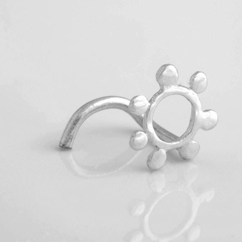 Unique Nose Stud 18g Silver Nose Stud 16g Flower Piercing Tragus Earring 20g Silver Nose Ring Flower Nose Stud Indian Nose Stud
