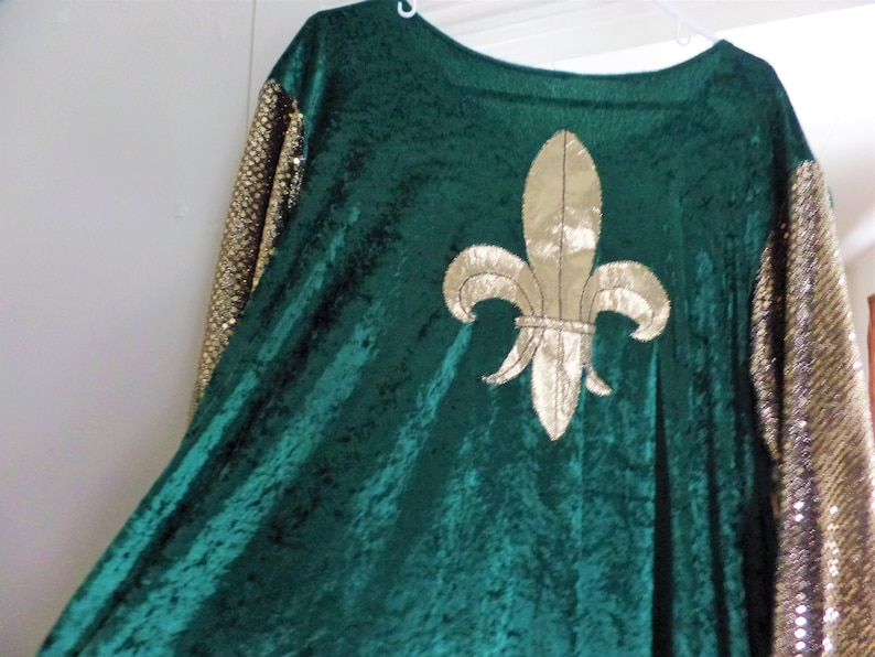 Custom made men/'s boy/'s medieval renaissance green and gold clothing costume top with cape smoke free Medieval Rennaisance French cosplay
