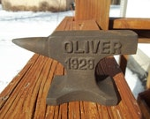Cast Iron 1929 OLIVER TRACTOR Mini Anvil Salesman Sample Blacksmith Tool