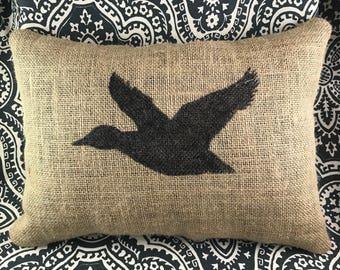 Duck Burlap Pillow, Burlap Pillow, Duck Pillow, Hunting Pillow, Gift For Him, Gift For Her, Gift For Hunters, Throw Pillow