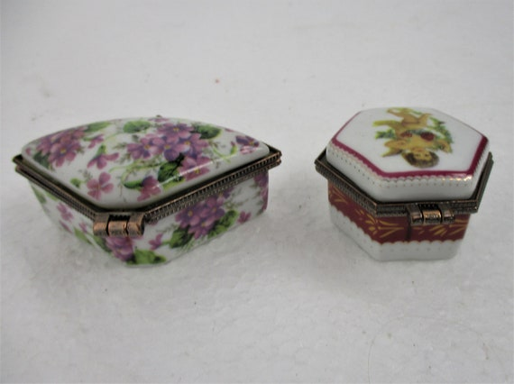 Pair Couple Romantic Pill jewelry Trinket Boxes  Hinged  Lovely Marked Crown over J Flowers /& Angel