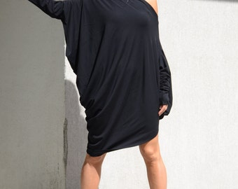 Asymmetric  One Shoulder Long Tunic Dress, Oversize Black Dress with Extra Long Sleeves, Cotton Off Shoulder Top with Bat Sleeves, Mid Knee
