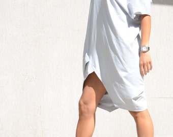 Cotton light grey dress for oversized women, asymmetric loose dress with V neck, mid length sleeves tunic, stylish plus size mid knee tunic