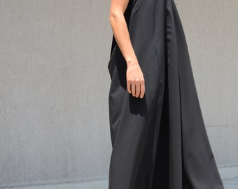 Floor Length Elegant and Sexy Halter Dress, Open Back Evening Gown for Party or Prom, Comfortable Oversize Black Ball Gown, Loose Prom Gown