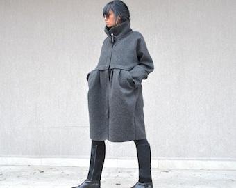 Tailored Wool Coat for Italian Charm, Designer Warm Winter Jacket, Elegant Zipper Jacket, Unique Ladies Coat, Pocket Cape Coat, Maxi Jacket