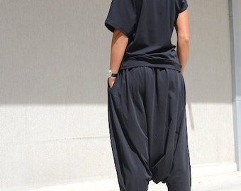 Womens Soft Maxi Trousers, Winter Stylish Trousers, Modern Comfy Pants, Oversize Pocket Pants, Trending Plus Size Fashion, Women Outerwear
