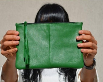 Green Ladies Leather Clutch, Ipad Mini Cover, Bridesmaid Clutch, Leather Clutch Wallet Leather Clutch Strap Make Up Organizer Leather Clutch