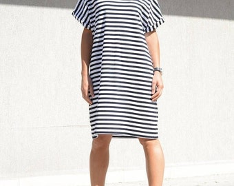 Striped Loose Soft Dress, Top Black and White, Mid Knee Summer Dress with Short Sleeves, Large Size Summer Dress, Trendy Loose Fitting Dress