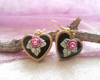 Shabby chic jewelry - black heart earrings. great graduation gift,  best friend gift or birthday gift for sister.