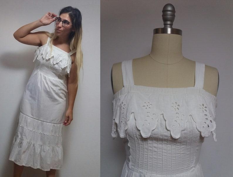 82695958e80 Vintage white lace floral crochet pattern cut out bali dirndl