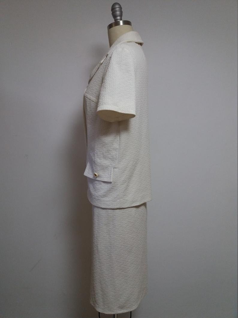 Vintage white cream short sleeve midi mod 2 piece outfit blazer jacket vest top pancil skirt business suit 60s 1960s