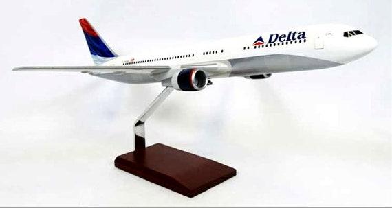 Delta 767-300 1//100 New Livery