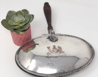 FB Rogers Silver Co. Vintage Oval Silver Plated Silent Butler Crumb Catcher Ash Tray