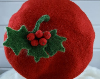 Christmas BERET HAT Wool Holly and Berries