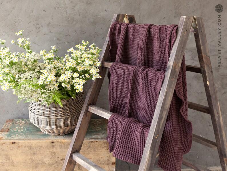 Burgundy red linen bath towel. Washcloth hand body towel image 0