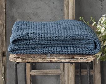 TEAL BLUE linen towel set of 2. Washcloth, hand TOWEL. Waffle textured linen towel. Dark blue linen washcloths. Beach towel