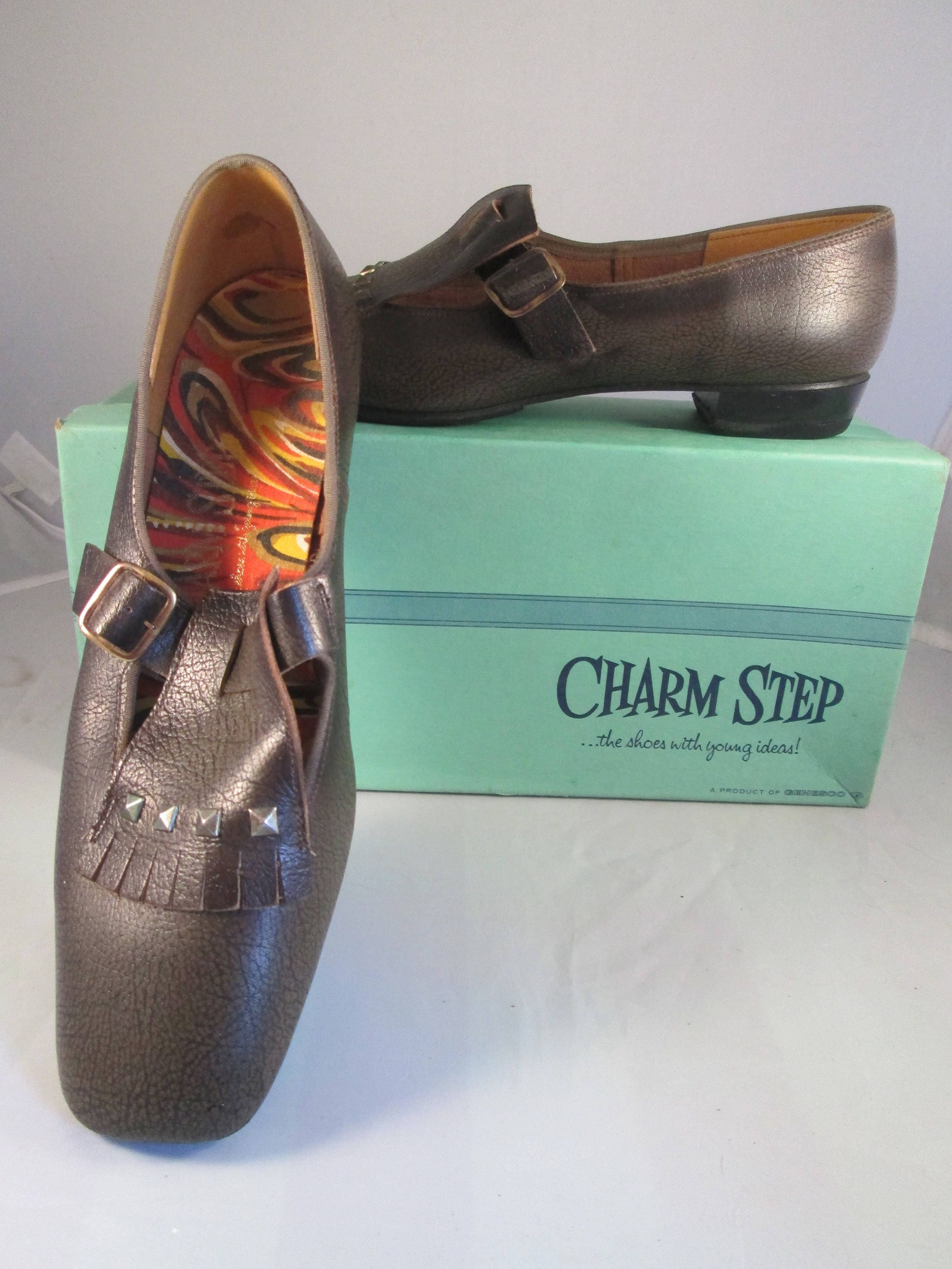 unworn 1960's brown leather Charm Step beatnik flats, style tassel and side-buckle buccaneer style flats, loafers, 8 1/2M, 062734