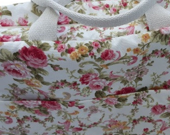 Big Cotton Shabby Roses Print Weekender Bag
