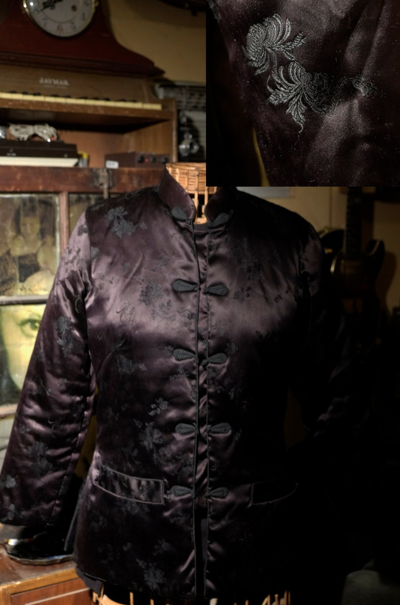 Vintage 60/'s  Black Mandarin Padded SilkSatin Nylon Jacket The Only Thing You Want To Be From China Woman/'s M Mandarin Frog Clasps