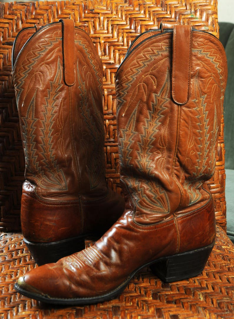 97485c0a67d Vintage Brown Larry Mahan Cowboy Boots Brown Leather embossed Shafts 10 D  brass toe