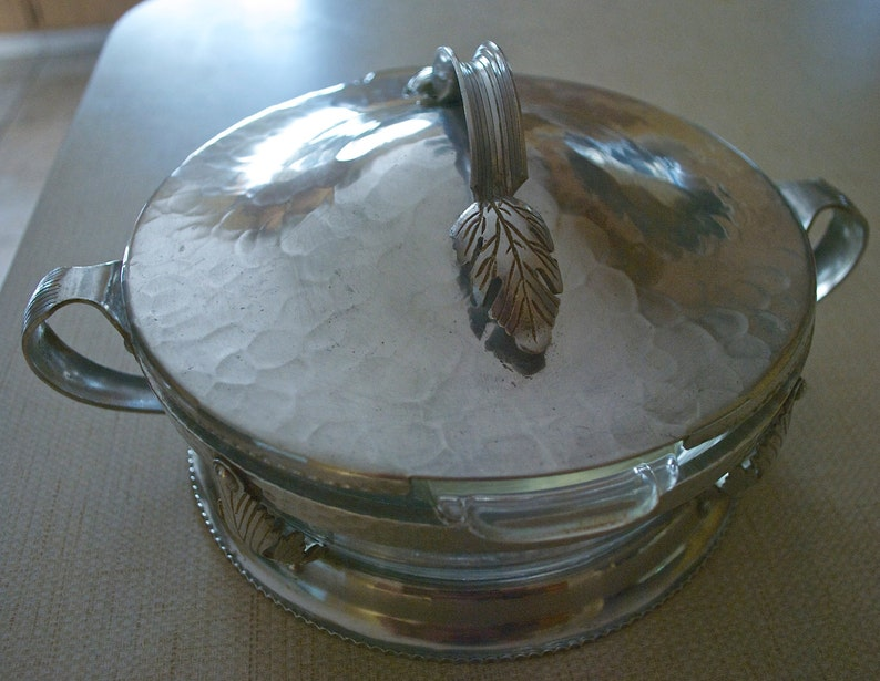 Vintage Continental SILVERLOOK\u2122  hammered aluminum chafing dish # 558  Free shipping