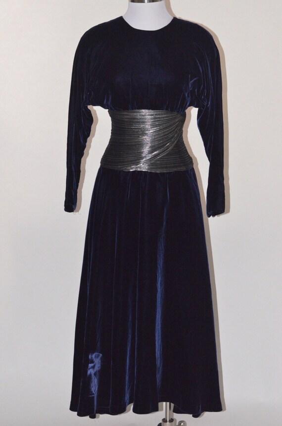 Vintage Estate Modica Royal Blue Velvet Velour Sil