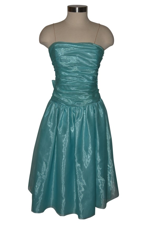 Halston Aquamarine Teal Blue Vintage Estate Rouche
