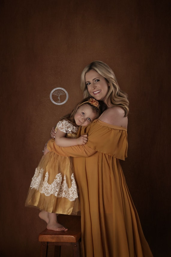 Gown ruffles prop Anastasia sleeves off with shoulder gold Chiffon long Maternity Circle photo train long Full xgw6IqzgA
