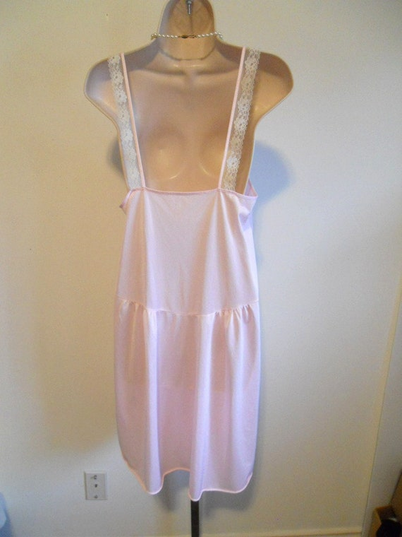 Vintage Pink Lacy Nightgown ~ 1960's Canadian Mai… - image 5