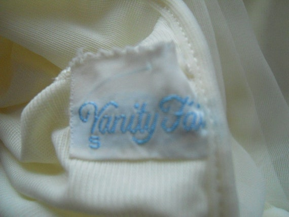Vintage Vanity Fair Nightgown~ 1950's Soft Yellow… - image 7