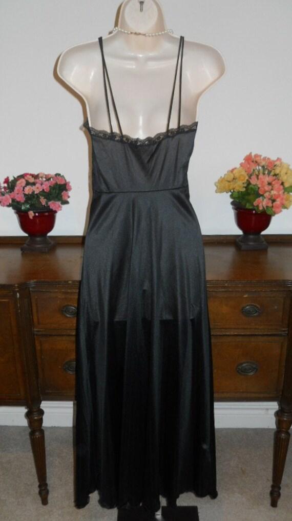 Vintage  Black Nightgown ~ 1970's Van Raalte  Lon… - image 5