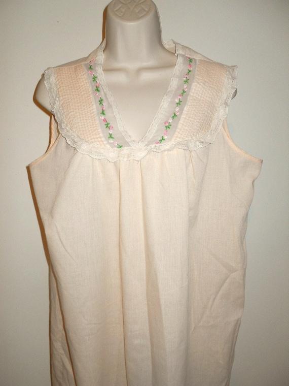 Vintage Apricot Cotton Nightgown ~ 1970's Light C… - image 2