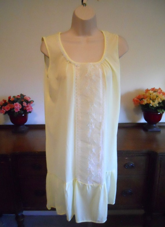Vintage Yellow Lacy Nightgown ~ Mid Length Yellow