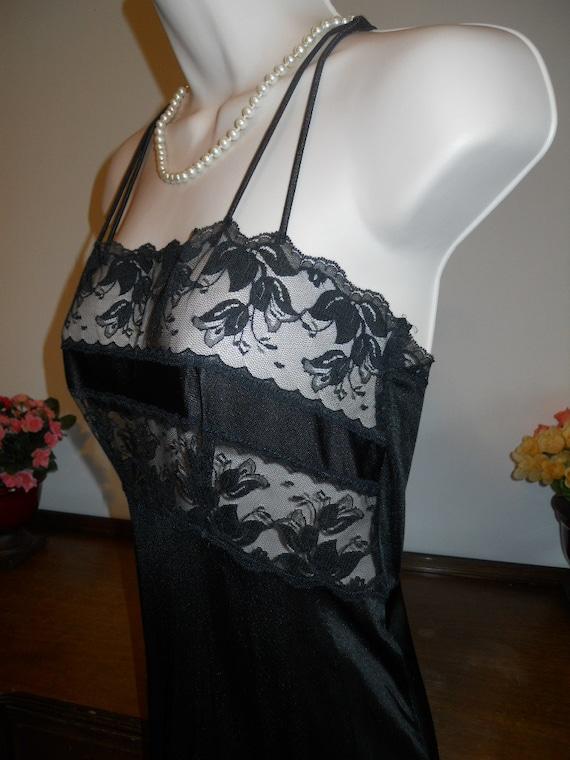 Vintage  Black Nightgown ~ 1970's Van Raalte  Lon… - image 2