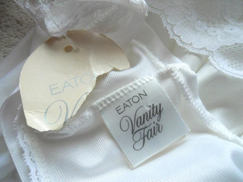 Vintage White Vanity Fair Slip ~ 1980/'s Vanity Fair Bridal White Slip ~ Lacy Slip ~ NWT White Slip ~ Feminine Slip 38