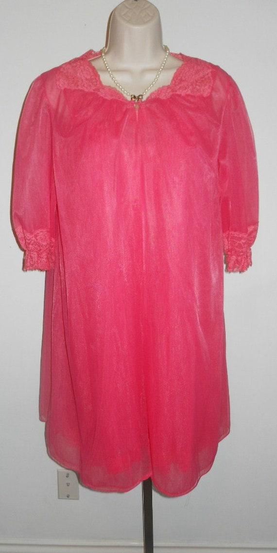 Vintage VANITY FAIR Pink Chiffon Peignoir Negligee