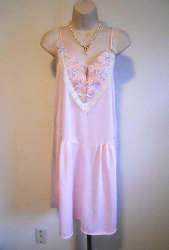 Vintage Pink Lacy Nightgown ~ 1960's Canadian Maid