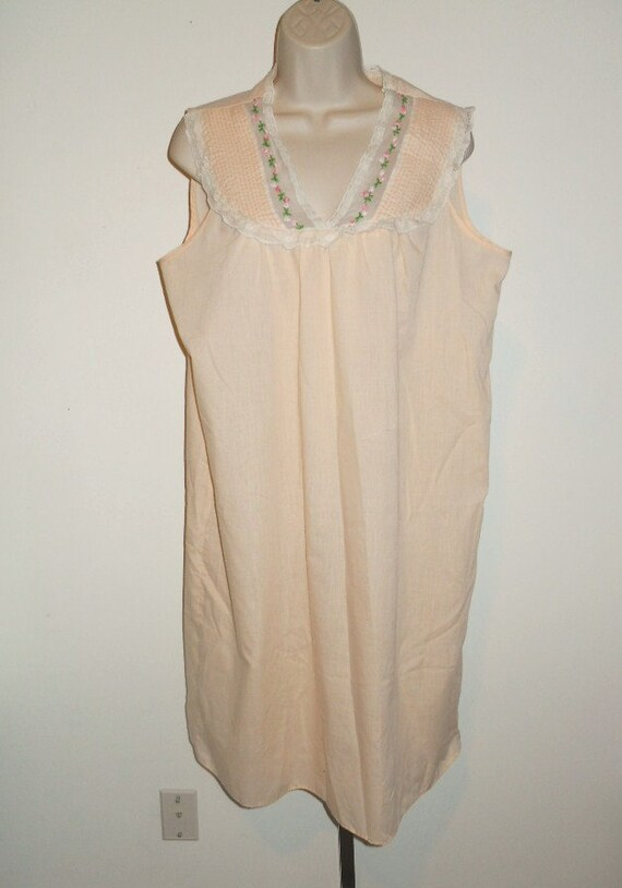 Vintage Apricot Cotton Nightgown ~ 1970's Light C… - image 4