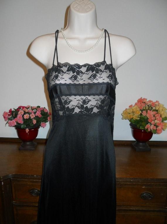 Vintage  Black Nightgown ~ 1970's Van Raalte  Lon… - image 3