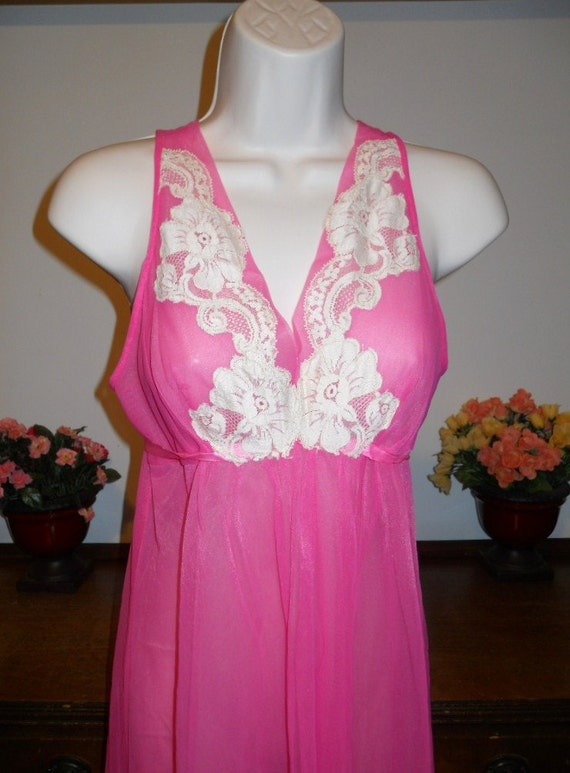 Vintage  ARISTOCRAFT Fancy Pink Nightgown ~ 1950'… - image 2