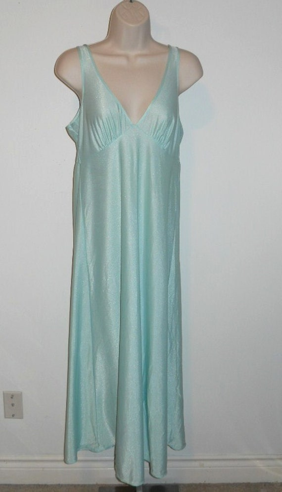 Vintage Mint Green Nightgown  ~ 1970's St Michael… - image 2