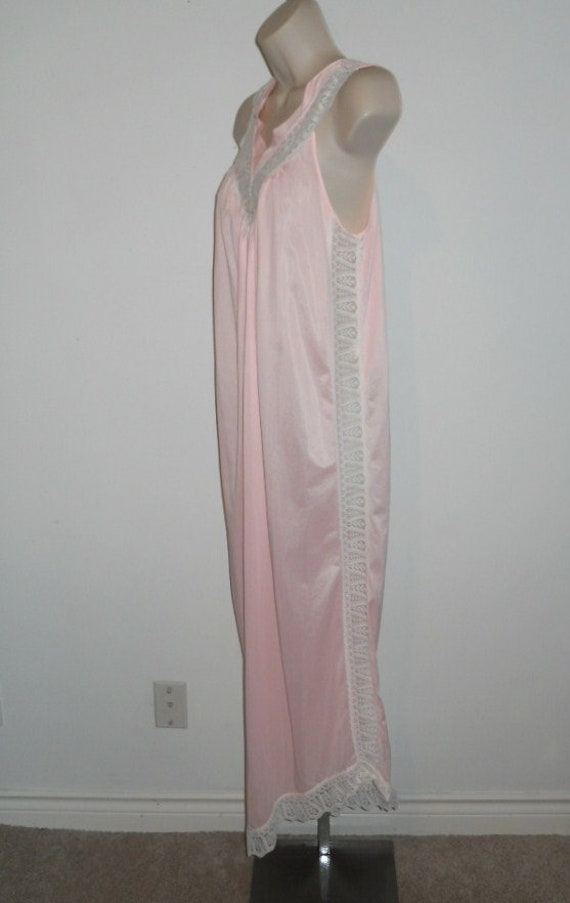 Vintage Long Pink Nightgown ~ Elegant 1980's Silk… - image 4