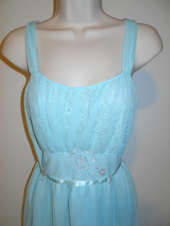 Vintage Blue Grecian Style Nightgown ~  1950's Ch… - image 2